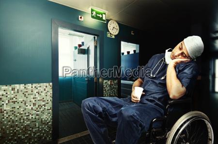 doctor cansado