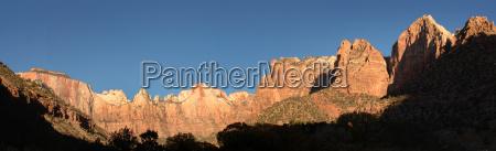 montanyas canyon picos rocoso naturaleza