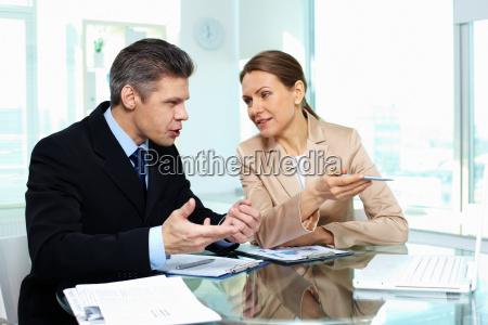 discusion empresarial