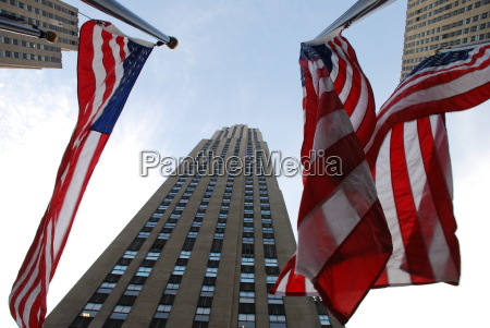 rockefeller centre manhattan usa flag new