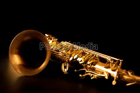 saxo tenor saxofon de oro macro