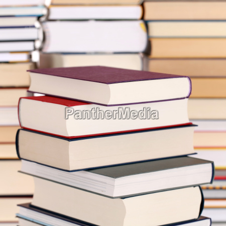 libros, sobre, una, pila - 8595578