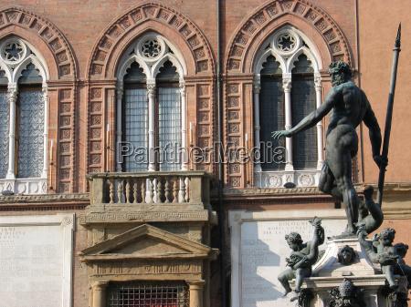 monumento estatua gotico neptuno italia neptunbrunnen