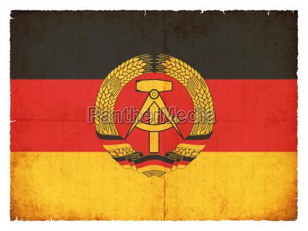 bandera de grunge republica democratica alemana