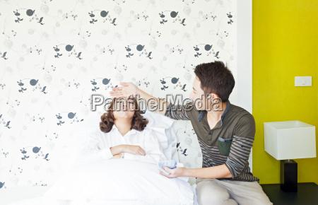 mujer medicinal cama paciente fondos de