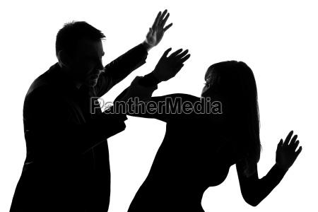 en par mand og vold i