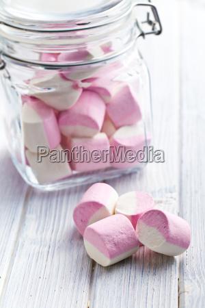 dulces malvaviscos en tarro de cristal