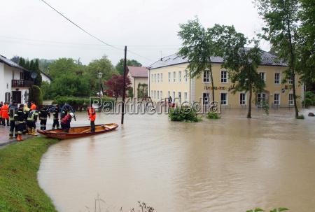 inundacion los desastres naturales agua de