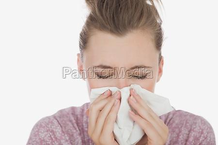 joven sufren de frio