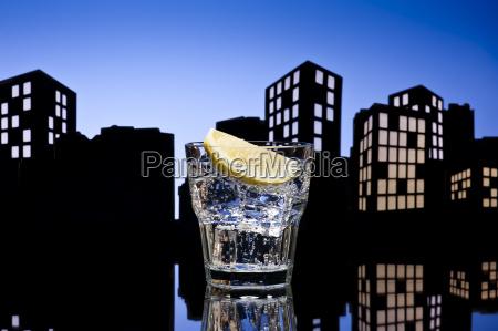 restaurante azul taberna vidrio vaso beber