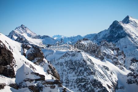 paseo viaje montanyas invierno alpes coque