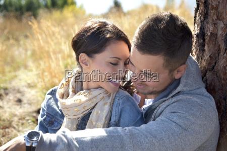 pareja al aire libre