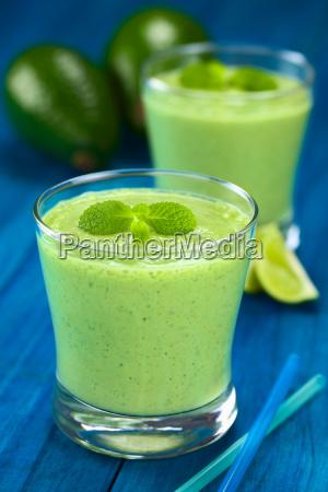 avocado smoothie