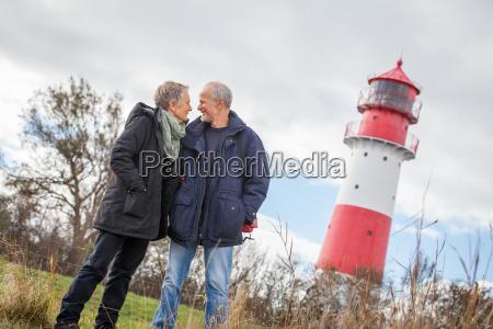 AEldre seniorer par sunde og glade