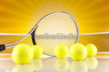raqueta, de, tenis, y, pelotas - 10329597