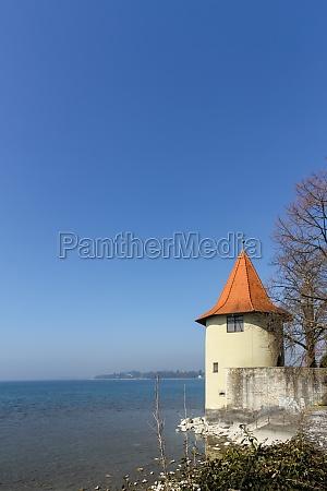 torre lago de constanza banco agua