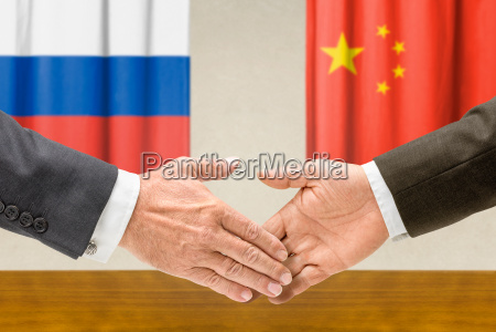 los representantes de rusia y china