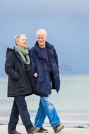 de mas edad feliz pareja adultos