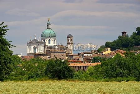 casa construccion torre iglesia ciudad arbol
