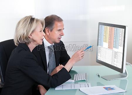 mujer personas gente hombre oficina hombres