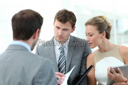 reunion de personas de negocios para