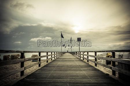 puente playa la playa orilla del