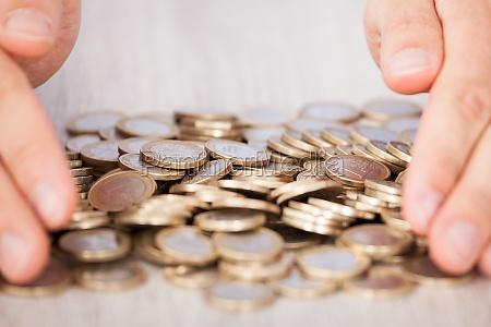 moneda de seguros negocios trabajo mano