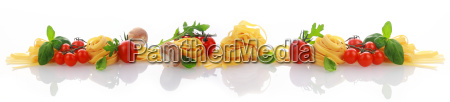 ingredientes italianos para una bandera de