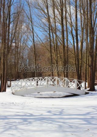 parque puente temporada de madera blanco