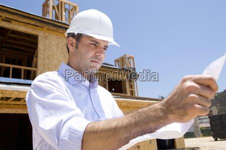 personas gente hombre casa construccion nuevo