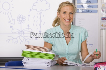 cuadernos maestro de escuela de clasificacion