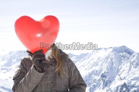 montanyas invierno austria suiza horizontalmente al
