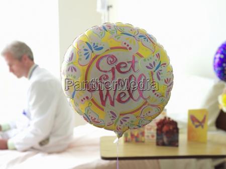 get well globo en el hospital