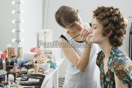 mujer mujeres moda color femenino horizontalmente
