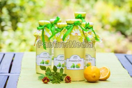 jarabe de balsamo de limon