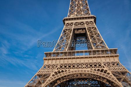 torre eiffel en monumentos de paris