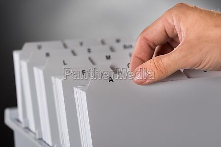 recogiendo archivo del archivo de documentos