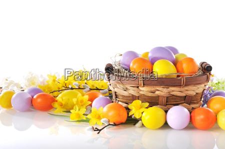 huevos de pascua pintados