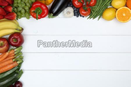 las verduras y frutas como manzana