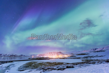 northern light aurora borealis islandia