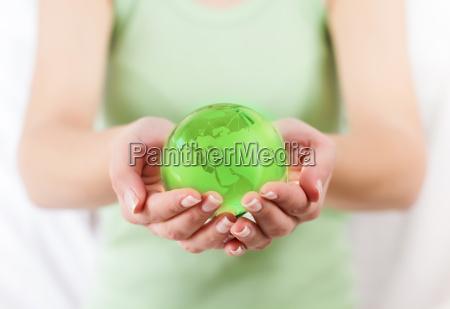 globo verde de la tierra en