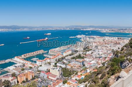 vista aerea sobre la ciudad de