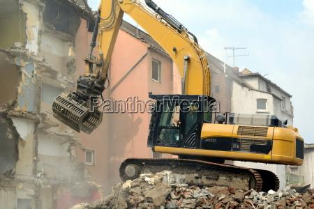 excavadora demolicion abbrucharbeiten reciclar reciclaje