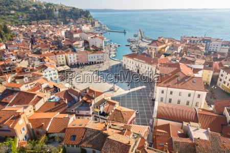 pintoresco casco antiguo de piran eslovenia