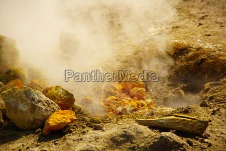 famoso vulcanismo azufre vesubio