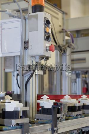 produccion de componentes de plastico