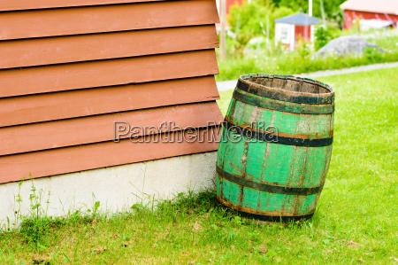 verde madera ahorrar esquina contenedor vacio