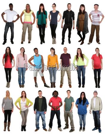 grupo de jovenes multiculturales felices muchas
