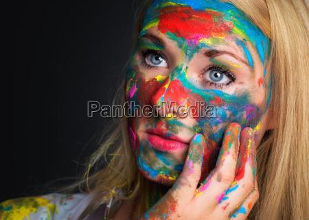 colorido pintada mujer pensativa cara f