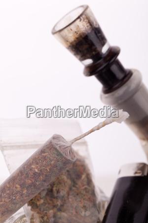 marihuana, de, cannabis, con, tubería, de - 14550237